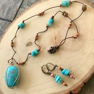 Jewelry - Artisan hand knotted turquoise necklace set